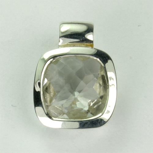 AN82 Bergkristall 10x10 mm