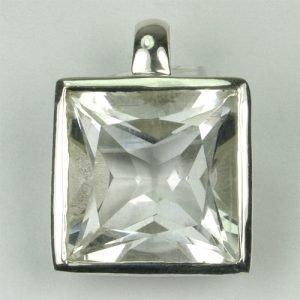 AN124 Bergkristall 12x12 mm