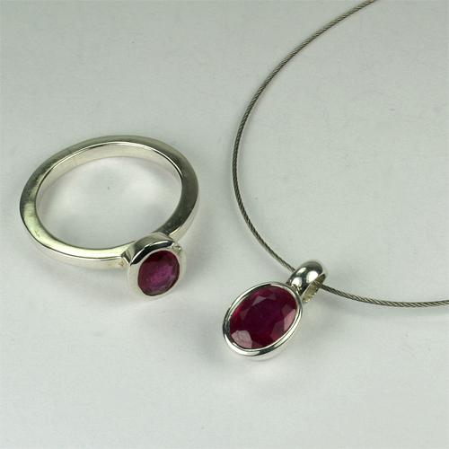 Set Rubin oval 6x8 mm