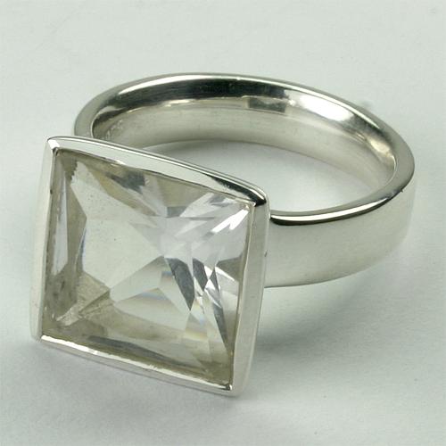 RA239 Bergkristall 12x12 mm