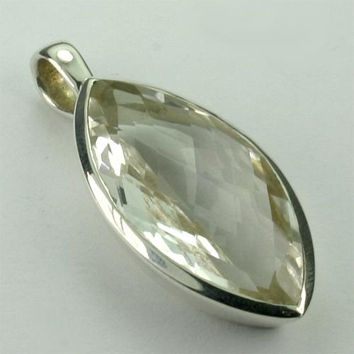 AN25L Bergkristall 02 14x30 mm navette