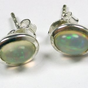 SM229 ethoptischer Opal 5x7 mm oval